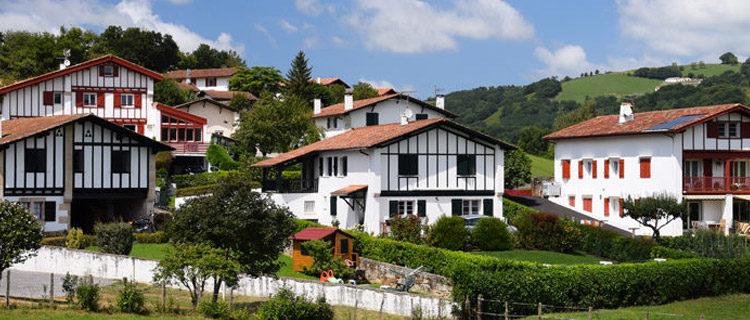 Réserver une location de vacances au Pays Basque